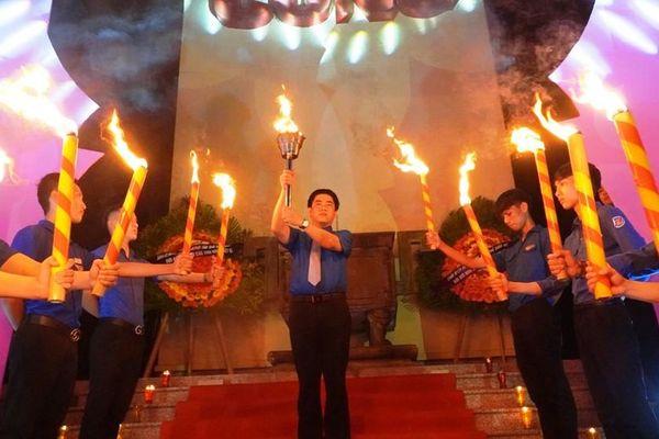 Đêm ấm lửa tri ân các anh hùng liệt sĩ của tuổi trẻ Thừa Thiên Huế