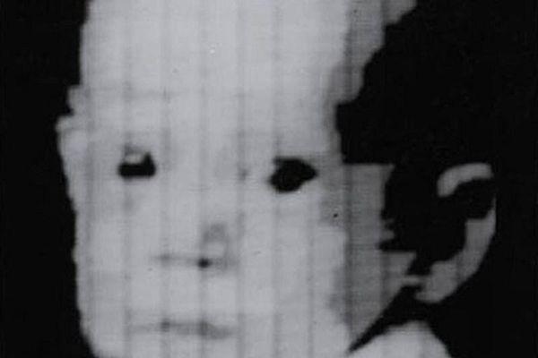 Những bức ảnh đầu tiên của nhân loại khiến người xem rợn tóc gáy