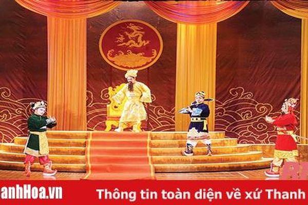 NSƯT Minh Chính và những vai diễn hóa thân thành vua chúa