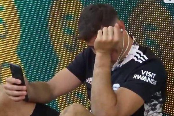 Thủ môn khóc trong ngày Arsenal làm nên lịch sử