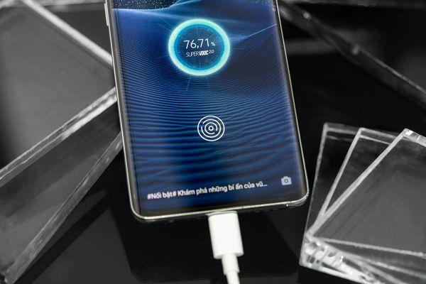 Smartphone của bạn có sạc 100% trong 30 phút?