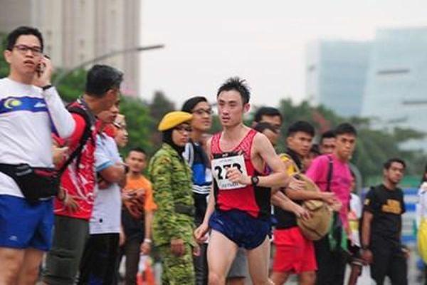 Đỏ mắt tìm chân chạy marathon chuyên nghiệp