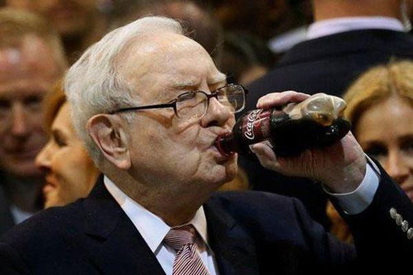 Những người giàu nhất thế giới làm gì để giàu hơn?