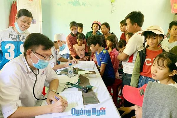 BHYT học sinh, sinh viên: Chính sách bảo vệ sức khỏe