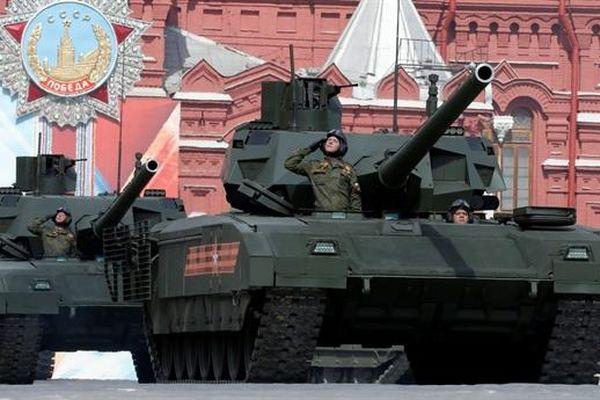 Chuyên gia Nga: Pháo 130mm không xuyên thủng được Armata