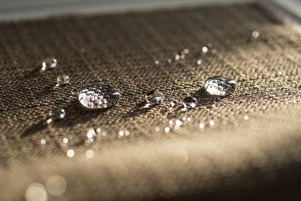 Vật liệu Nano trong sản xuất vải chống nước bền vững