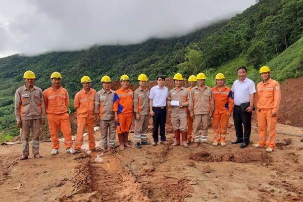 PC Sơn La: Đã khôi phục cấp điện trở lại cho 2.756 khách hàng sự cố do mưa lũ