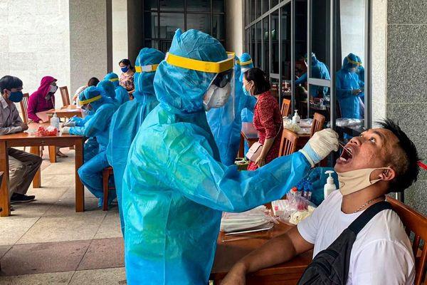 Hơn 1.300 cán bộ, công chức tại Trung tâm Hành chính Đà Nẵng âm tính SARS-CoV-2