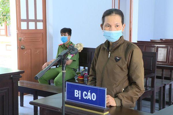 TAND huyện Đất Đỏ xét xử vụ án 'trộm tài sản'