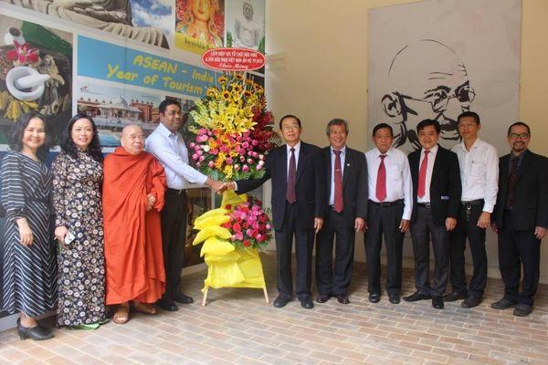 VIFA chúc mừng Tổng lãnh sự quán Ấn Độ tại TP.HCM nhân 74 năm ngày Độc lập Ấn Độ