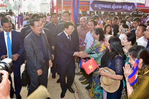 Kết nối hạ tầng thương mại biên giới với Campuchia