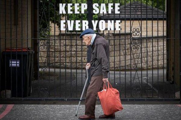 Bê bối ở Scotland: Trả bệnh nhân cao tuổi mắc Covid-19 về viện dưỡng lão