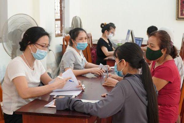Tuyển sinh trực tuyến tại TP Vinh: Hạn chế tình trạng chọn lớp, chọn cô