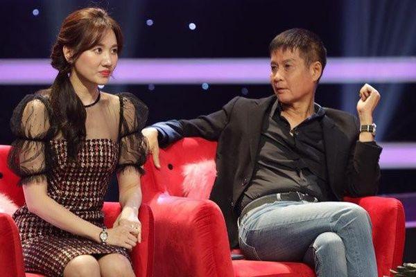 Hari Won bị đạo diễn nổi tiếng 'đá xéo': 'Ngồi trên ngai vàng mà phán, chỉ tay 5 ngón'