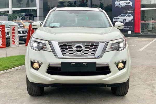 Nissan Terra tại Việt Nam giảm mạnh, chỉ từ 795 triệu đồng