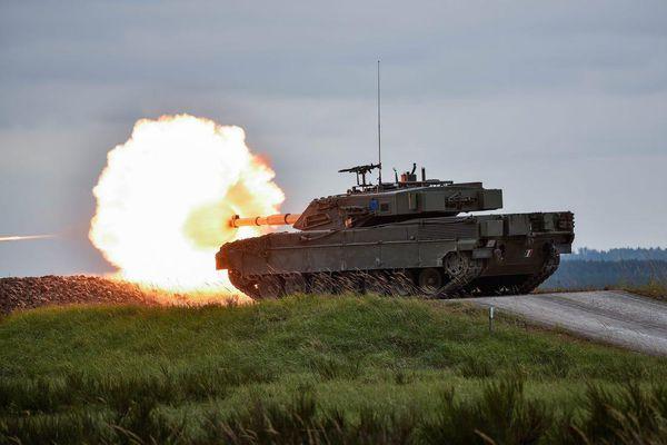 Xe tăng có giáp tốt nhất thế giới trước nguy cơ bị xóa sổ