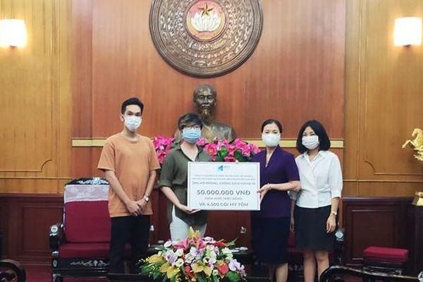 Next Media cùng các cầu thủ Đội tuyển quốc gia Việt Nam ủng hộ phòng, chống dịch Covid-19
