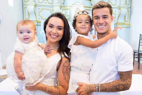 Thú vui xăm hình của vợ chồng Coutinho