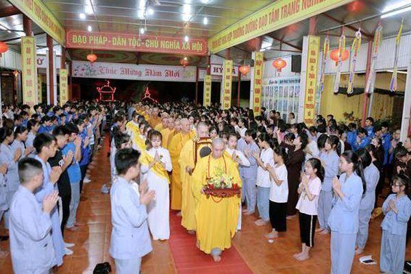 Xúc động lễ Vu lan tại chùa Phù Liễn