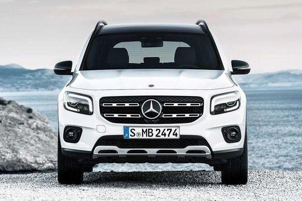 Giá xe Mercedes-Benz mới nhất tháng 9/2020: Thêm mẫu SUV GLB, giá gần 2 tỷ đồng
