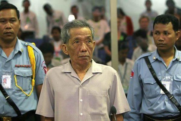 Cai tù khét tiếng thời diệt chủng Khmer Đỏ đã chết