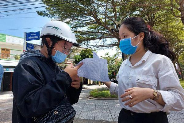 Thí sinh vùng tâm dịch Quảng Nam thở phào sau khi kết thúc môn Ngữ Văn