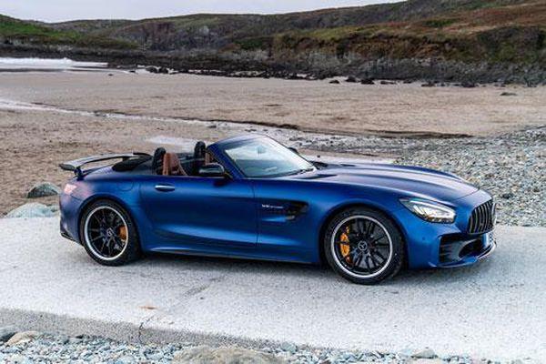 Top 10 xe mui trần đáng mua nhất năm 2020: Mercedes-AMG GT R Roadster góp mặt
