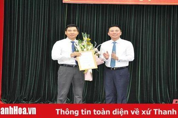 Đồng chí Nguyễn Văn Biện giữ chức Bí thư Huyện ủy Thiệu Hóa nhiệm kỳ 2020-2025