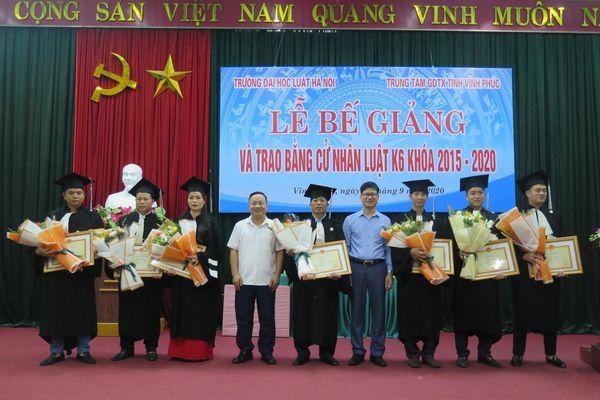 Đại học Luật Hà Nội trao Bằng cử nhân Luật K6 đào tạo tại Vĩnh Phúc