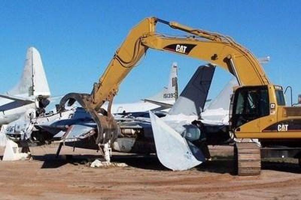 Tại sao Mỹ phải băm nát tất cả F-14 Tomcat, trị giá gần 1.000 tỉ/chiếc?