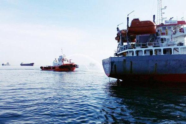 Đã tìm thấy thi thể thuyền viên mất tích trong vụ nổ tàu dầu