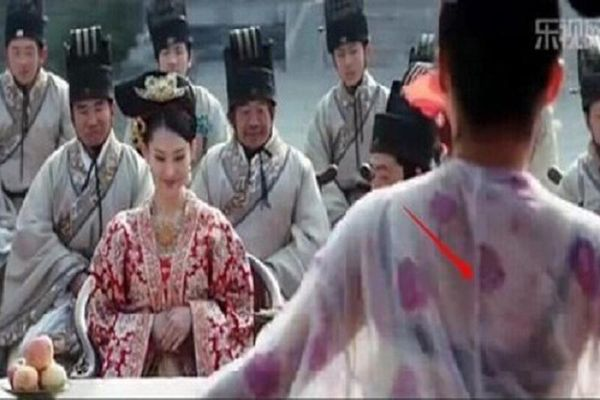 Lỗi phục trang ngớ ngẩn trong phim cổ trang Trung Quốc