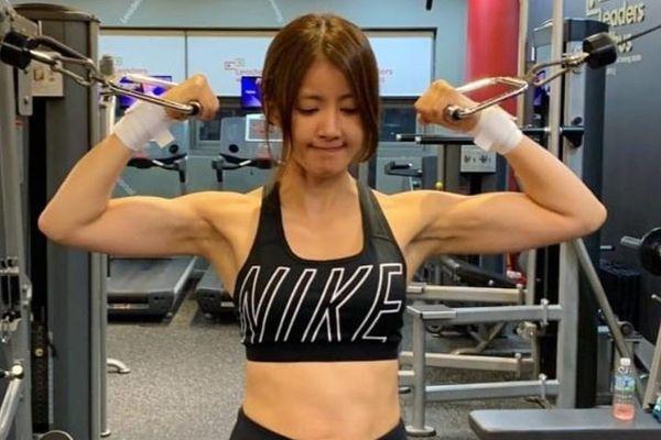 4 nữ nghệ sĩ Hàn Quốc có thân hình cơ bắp