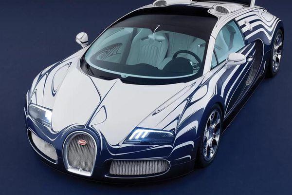 Siêu xe độc nhất của Bugatti gặp nạn
