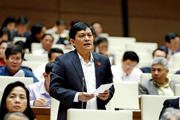 Đình chỉ nhiệm vụ Tổng giám đốc IPC của ông Phạm Phú Quốc trong tháng 9/2020