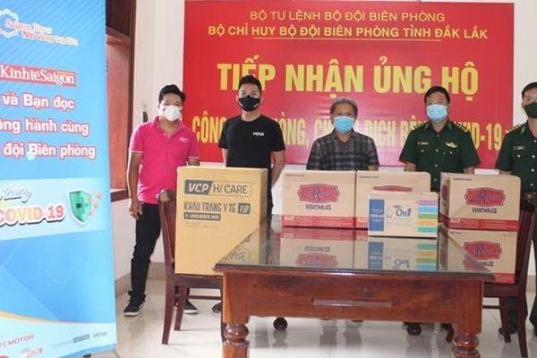 Đắk Lắk: Những món quà ý nghĩa chuyển đến tuyến đầu phòng, chống dịch Covid-19