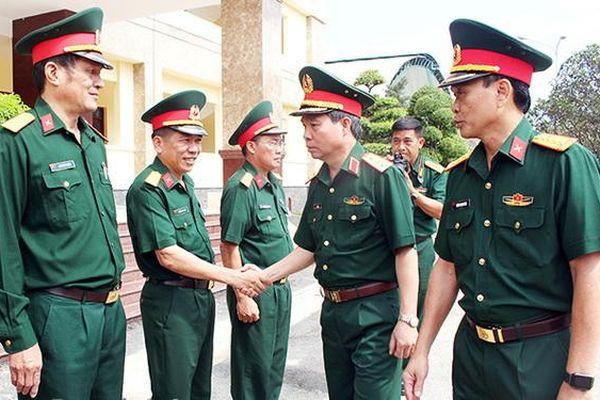 Đẩy mạnh xây dựng quân đội nhân dân cách mạng chính quy
