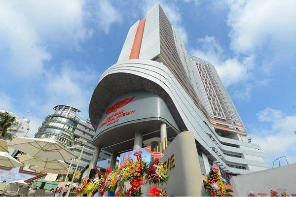 191 thí sinh trúng tuyển ĐH Hồng Bàng, 1 em tới nhận giấy báo