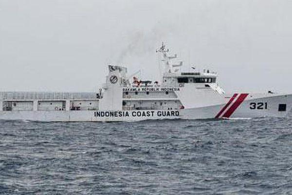 Tàu Trung Quốc xâm phạm vùng biển Indonesia