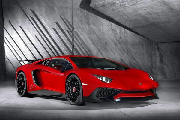 Lamborghini Aventador chạm mốc 10.000 xe được sản xuất