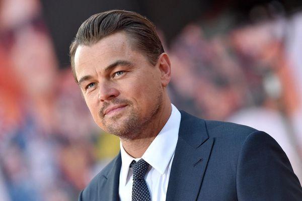 Nhiều sao Hollywood khóa trang cá nhân trong 24 giờ