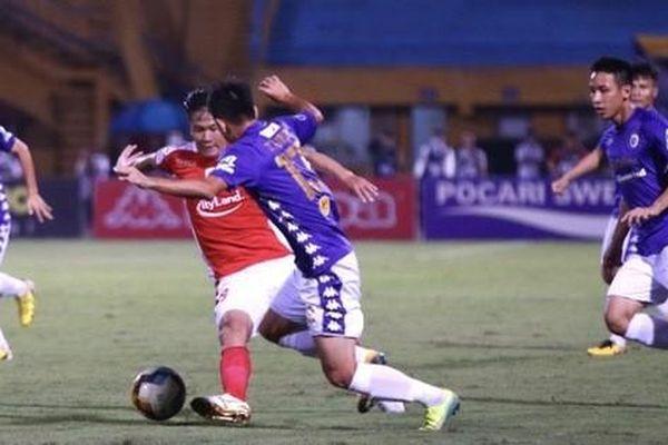 Hà Nội FC - CLB TP HCM 0-0: Quang Hải quyết hạ Bùi Tiến Dũng