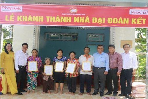 Báo PLVN phối hợp UBMTTQ TP Cần Thơ trao 5 căn nhà đại đoàn kết cho hộ nghèo