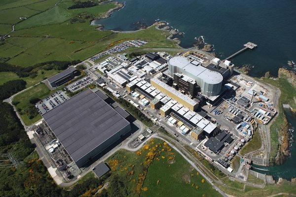 Hitachi chuẩn bị chôn vùi dự án nhà máy điện hạt nhân ở Anh
