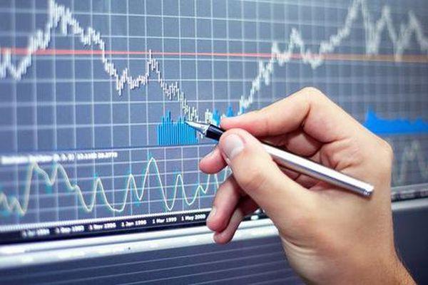 DBC, SFI, SWC, VTX, TKU, VTJ, TIG, PTE: Thông tin giao dịch lượng lớn cổ phiếu