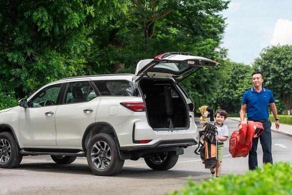 Toyota Rush - SUV 7 chỗ đích thực với mức giá bán lẻ mới chỉ 633.000.000 đồng.