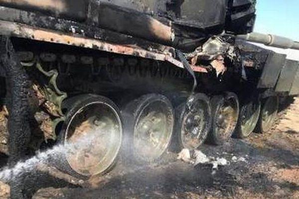 BMP-2 của Nga bắn nhầm tên lửa vào T-90A gây thiệt hại nghiêm trọng