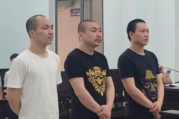 Phạt 3 người Trung Quốc chém chết đồng hương bị phạt 43 năm tù