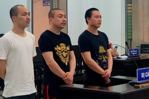 Xét xử 3 bị cáo người Trung Quốc tội giết người