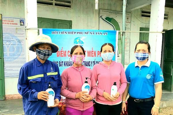 Gia Lai: Chị em phụ nữ Tân An góp phần 'đánh thắng' dịch bệnh